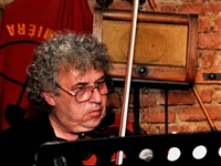 1545_2012_nasrot_live_praha_balbinka_cerven_2012_ludra_-_the_professor_of_violin_foto_m.ledl.jpg