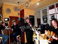 1569_2012_nasrot_live_chotebor_duben_2012_ludra_a_hrabos_foto_petra-bajakova.jpg